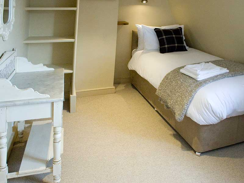 self catering for up to 14